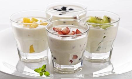 Cách làm sữa chua hoa quả cực ngon cho mùa hè mát lạnh - Ảnh 2