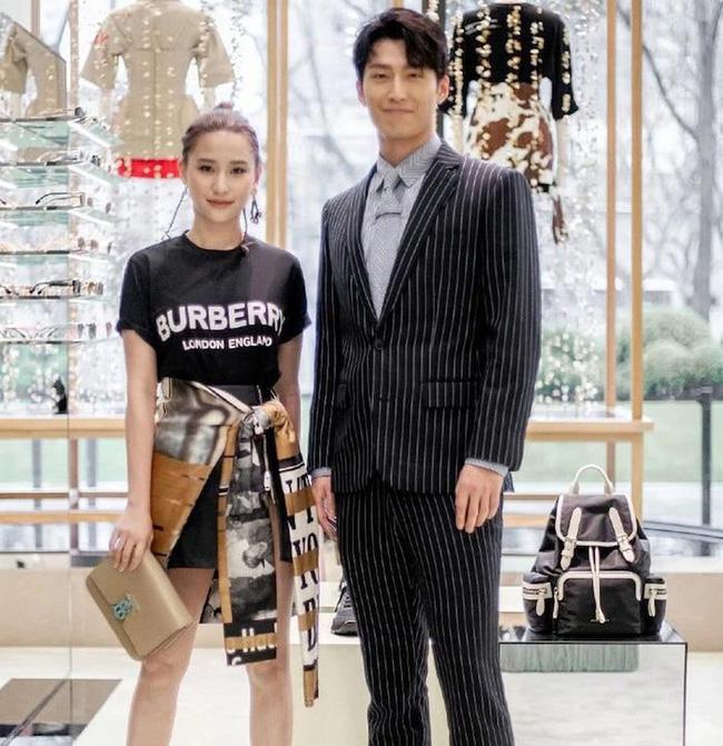 Mỹ nam 'Sở Kiều truyện' đã kết hôn cùng con gái 'vua sòng bài Macau', còn được vợ cho một khoản tiền lớn mở công ty riêng? - Ảnh 2