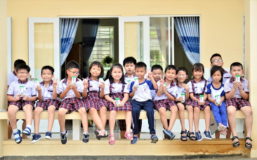 Sữa học đường TP. Hồ Chí Minh: Chương trình nhân văn đem lại nhiều niềm vui cho con trẻ - Ảnh 3
