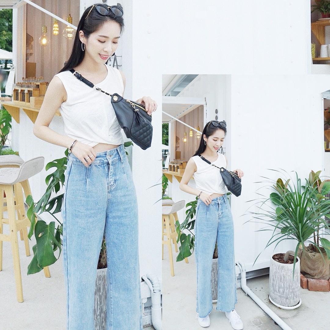 19 chiêu mix&match chất lừ với quần jeans ống rộng, cứ mặc lên là cao thêm cả chục phân chứ chẳng ít - Ảnh 4