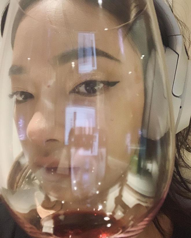 Châu Bùi vừa tìm ra cách kẻ eyeliner hoàn hảo và đây cũng là chiêu kẻ mắt sinh ra dành cho con gái Việt - Ảnh 2
