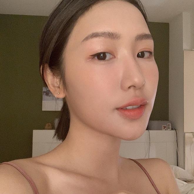 Châu Bùi vừa tìm ra cách kẻ eyeliner hoàn hảo và đây cũng là chiêu kẻ mắt sinh ra dành cho con gái Việt - Ảnh 4