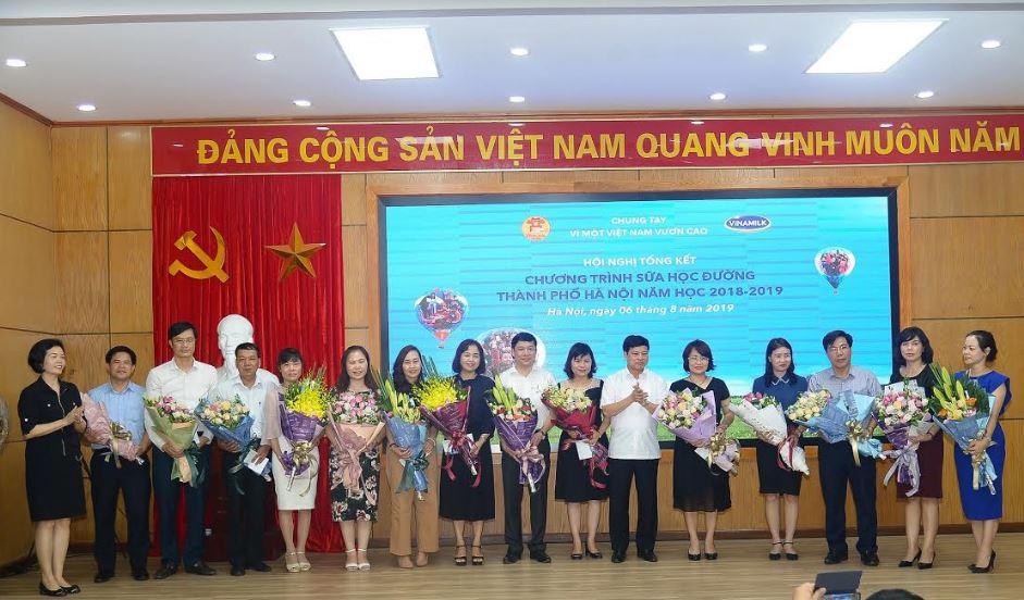 Hơn 1 triệu trẻ mẫu giáo và học sinh tiểu học Hà Nội tham gia chương trình Sữa học đường - Ảnh 5