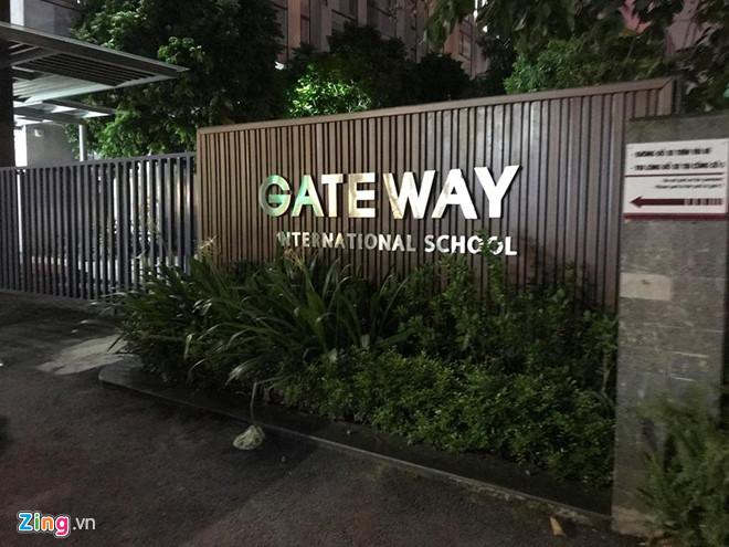 Nam sinh lớp 1 trường Gateway tử vong vì bị bỏ quên trên ôtô? - Ảnh 2