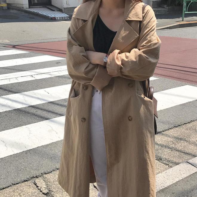4 công thức Hàn Quốc trendy nhất đợt này, mặc đi làm vừa xinh vừa hợp chụp ảnh 'sống ảo' - Ảnh 2