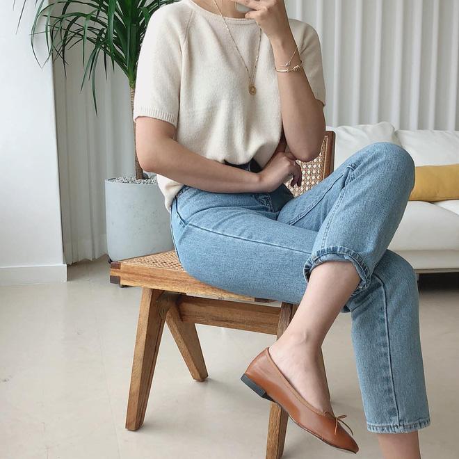 4 công thức Hàn Quốc trendy nhất đợt này, mặc đi làm vừa xinh vừa hợp chụp ảnh 'sống ảo' - Ảnh 3