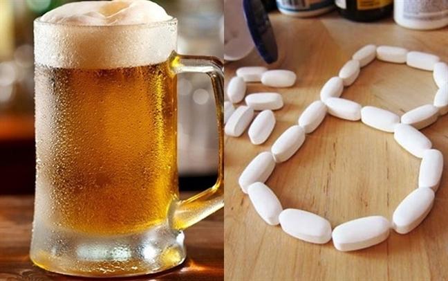 Cách làm đẹp đơn giản từ... bia - Ảnh 1