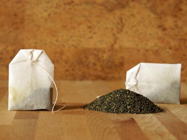 Đừng vứt túi trà sau khi uống nữa vì đây là nguyên liệu làm đẹp da mặt, mái tóc tuyệt vời - Ảnh 1