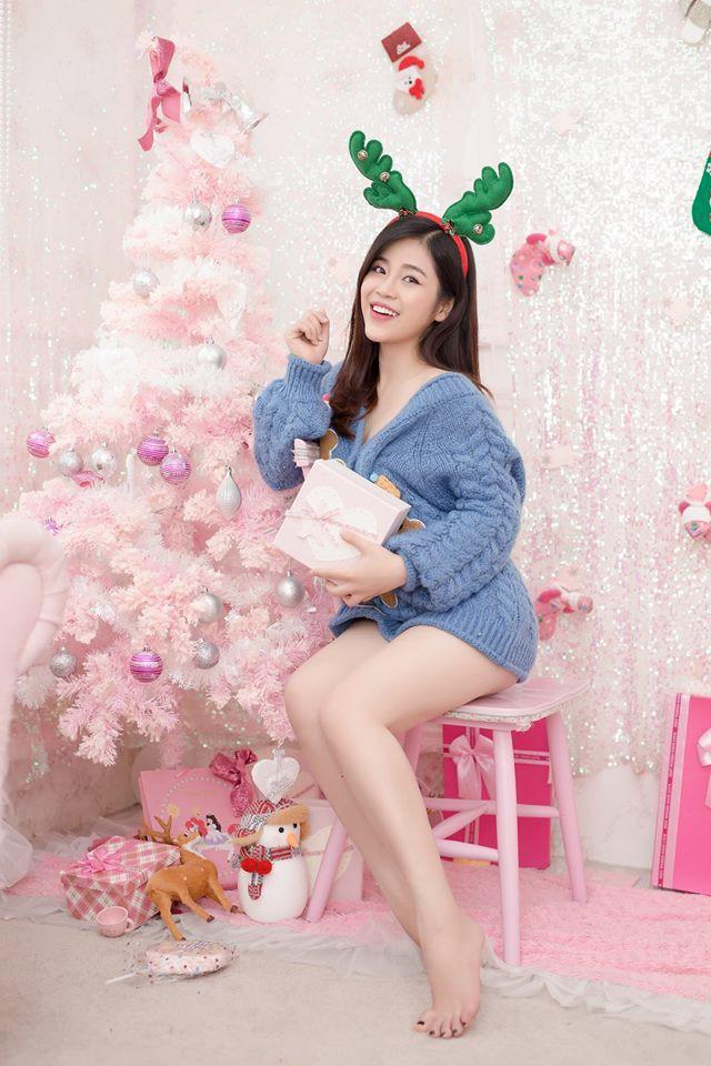 Nhan sắc xinh đẹp và thông tin hiếm hoi về hot girl kiêm MC Cao Vy - Ảnh 1