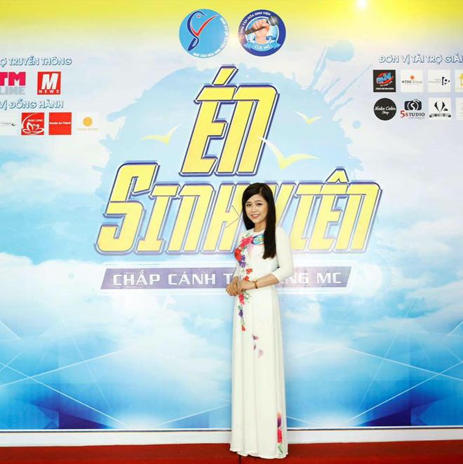 Nhan sắc xinh đẹp và thông tin hiếm hoi về hot girl kiêm MC Cao Vy - Ảnh 5