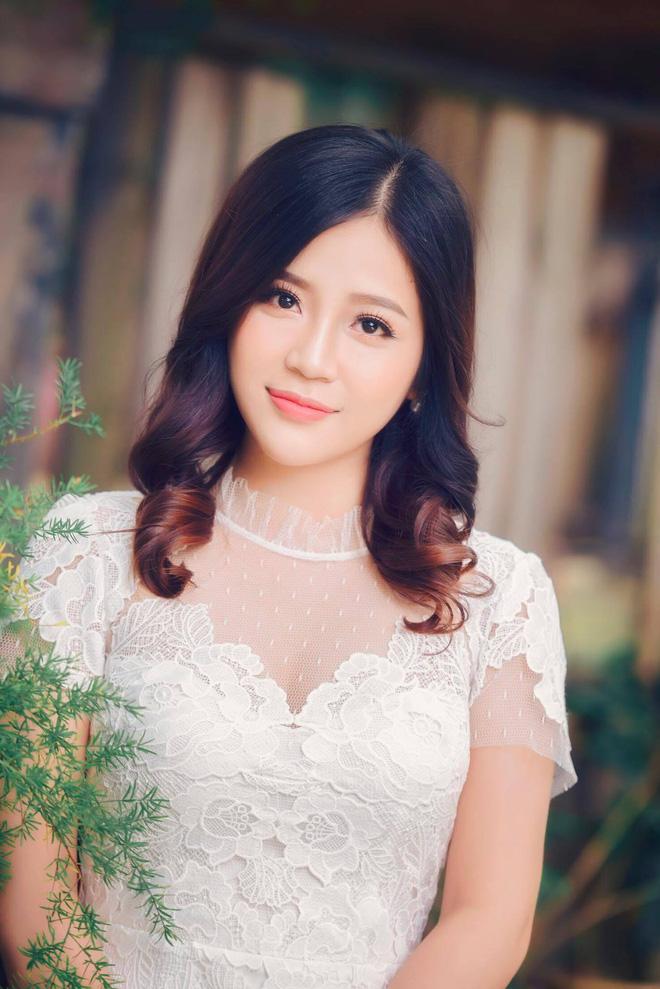 Nhan sắc xinh đẹp và thông tin hiếm hoi về hot girl kiêm MC Cao Vy - Ảnh 9