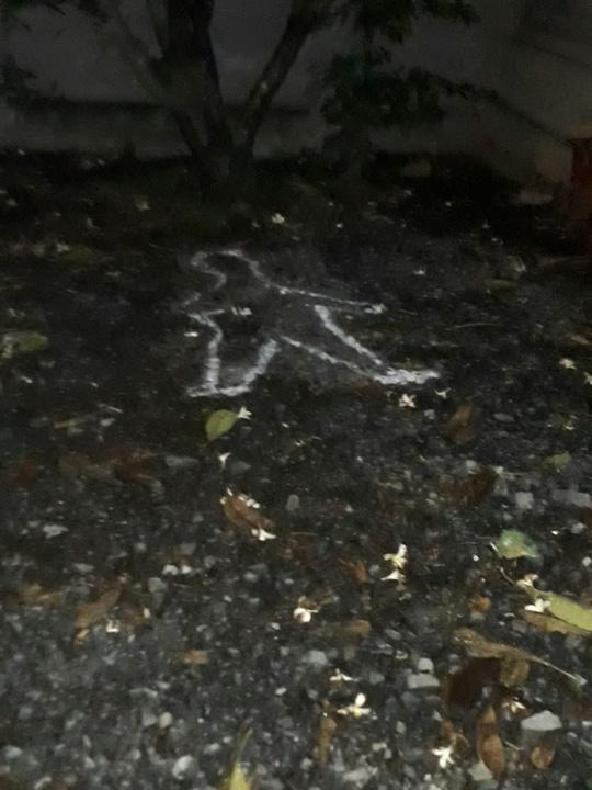 Thi thể người phụ nữ bị vứt từ taxi xuống đường: Gia đình nhất định không nhận xác - Ảnh 1