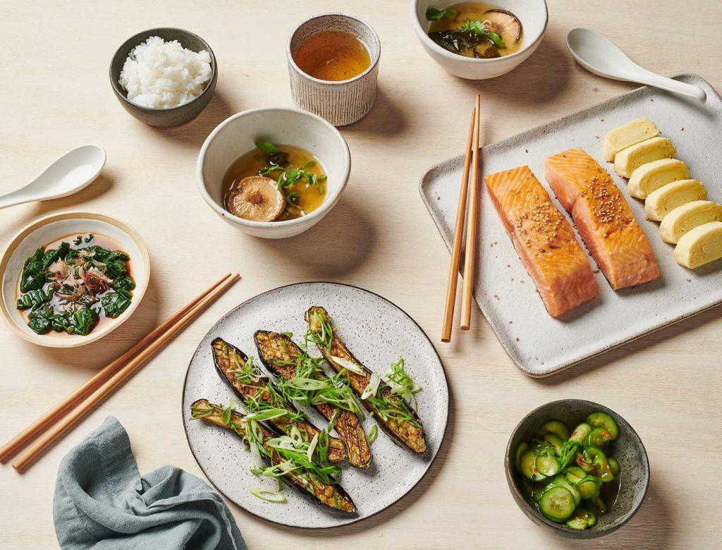 Phụ nữ Nhật da trắng bóc, dáng mảnh mai giữ mãi nét xuân ngời nhờ 4 quy tắc ăn uống đơn giản đến không ngờ - Ảnh 4