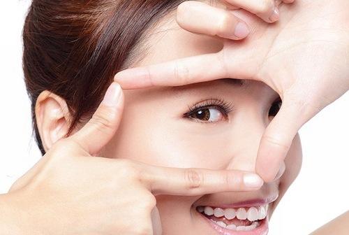 Mắc phải sai lầm này, thoa cả đống mỹ phẩm da mặt cũng mãi sần sùi, nhanh lão hóa - Ảnh 3