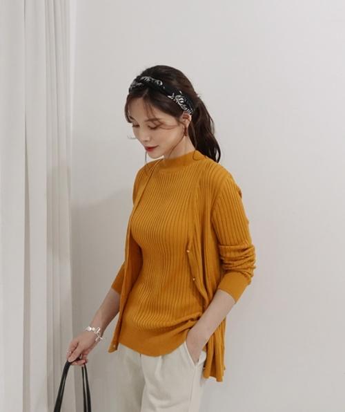 4 cách ứng dụng cardigan cho nữ công sở ngày giao mùa - Ảnh 2
