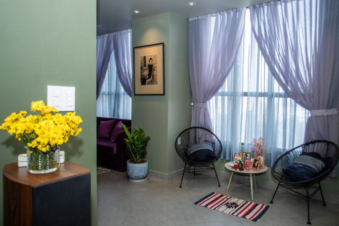 Chủ nhà gộp ba căn hộ để có phòng khách hơn 100 m2 - Ảnh 7