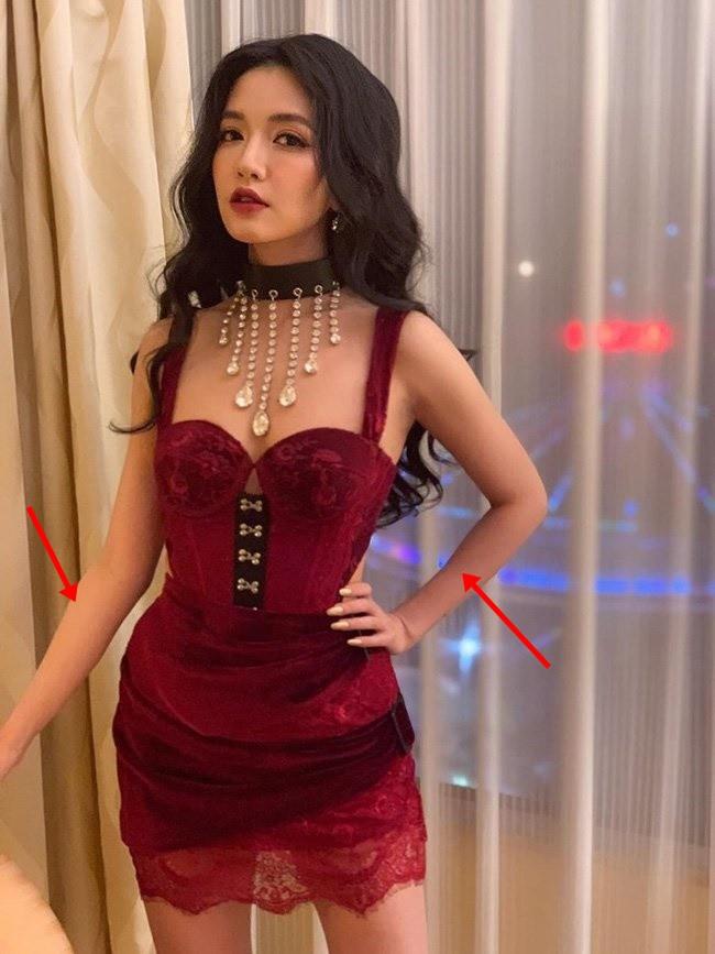 Khoe ảnh sexy hết nấc, Bích Phương để lộ bằng chứng photoshop quá đà - Ảnh 1