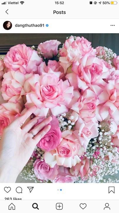 Kỷ niệm 2 năm ngày cưới, Đặng Thu Thảo hạnh phúc khoe món quà được ông xã tặng - Ảnh 1