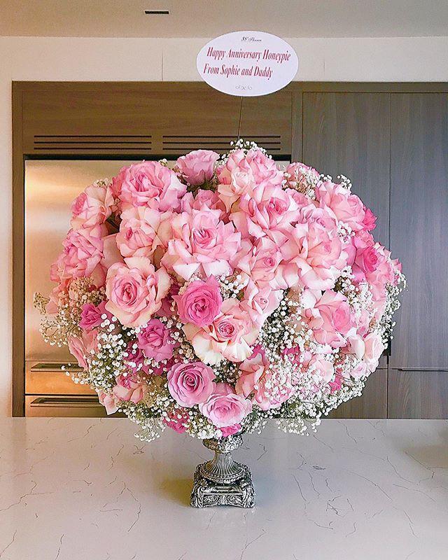 Kỷ niệm 2 năm ngày cưới, Đặng Thu Thảo hạnh phúc khoe món quà được ông xã tặng - Ảnh 2