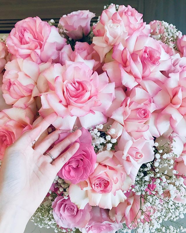 Kỷ niệm 2 năm ngày cưới, Đặng Thu Thảo hạnh phúc khoe món quà được ông xã tặng - Ảnh 3