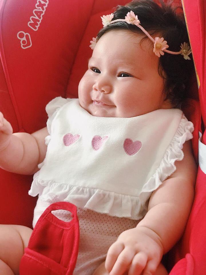 Ngất ngây trước vẻ đẹp tựa thiên thần của những nhóc tì 'mới nổi' nhà sao Việt, dự đoán tương lai đều là hot face - Ảnh 1