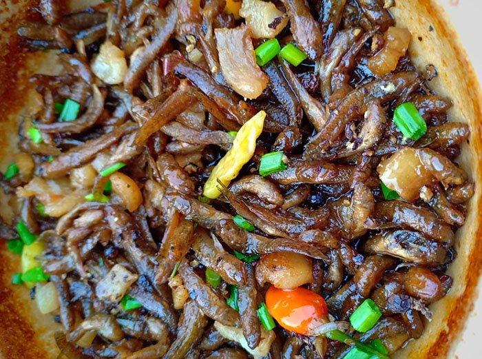 Mẹ đảm chia sẻ công thức nấu cá bống kho tộ đậm chất miền Tây - Ảnh 3