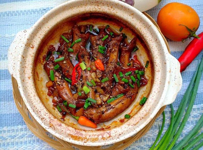 Mẹ đảm chia sẻ công thức nấu cá bống kho tộ đậm chất miền Tây - Ảnh 4
