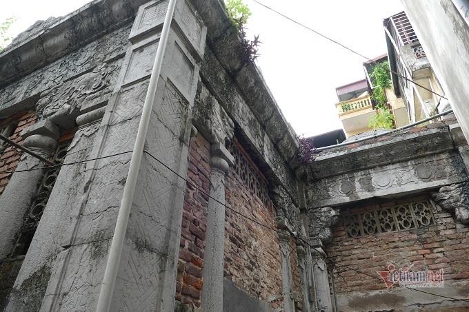 Chục gia đình sống trong ngôi mộ cổ, chuyện rợn tóc gáy giữa lòng thủ đô - Ảnh 7