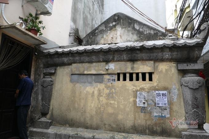 Chục gia đình sống trong ngôi mộ cổ, chuyện rợn tóc gáy giữa lòng thủ đô - Ảnh 11