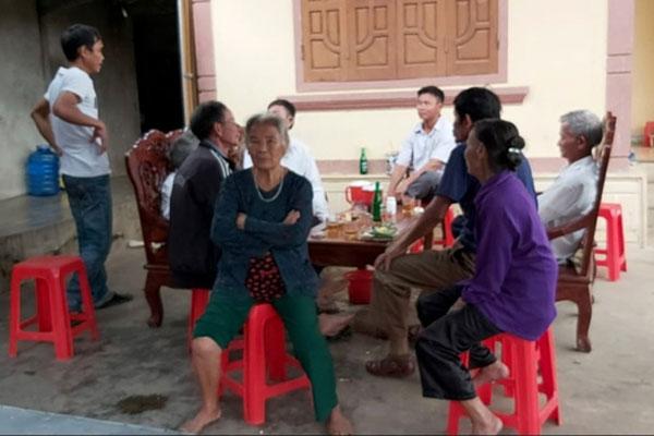 Vụ bà nội sát hại cháu ruột ở Nghệ An: Nghi bà đánh lô đề, nợ hàng xóm rất nhiều tiền - Ảnh 4
