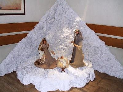 Hang đá ngày Chúa giáng sinh