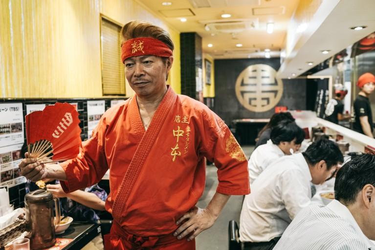 Món mì cay nhất Tokyo khiến thực khách vừa ăn vừa khóc - Ảnh 7
