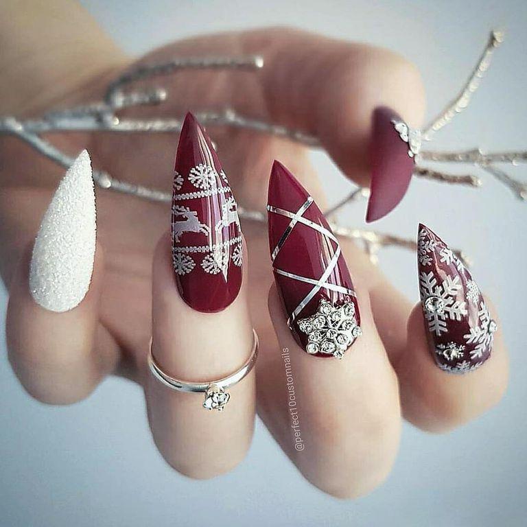 Những mẫu nail giáng sinh đẹp ấn tượng