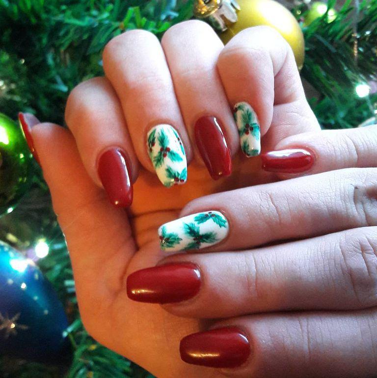 Giới thiệu những mẫu vẽ nail đẹp cho ngày Giáng sinh