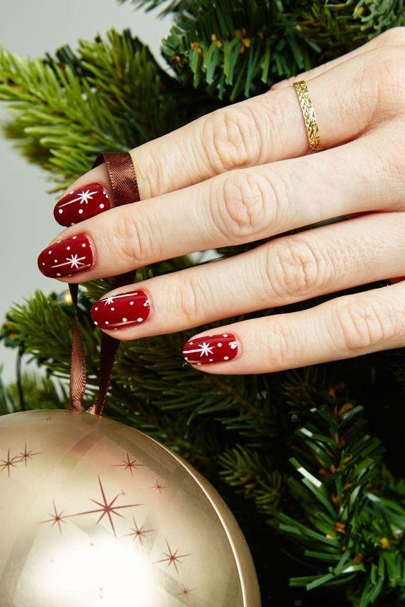 Mẫu vẽ nail giáng sinh lấp lánh đón Noel