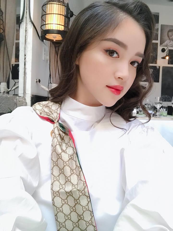 Cách để da không tì vết của cô gái Hà Nội đẹp tựa giấc mơ - Ảnh 3