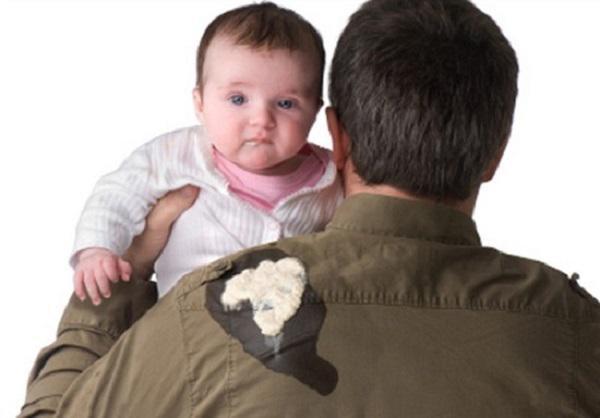 Cách xử trí khi trẻ sơ sinh bị ọc sữa theo chuẩn bác sĩ - Ảnh 3