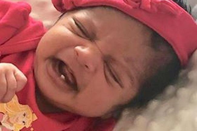 Đón con vào lòng sau sinh, mẹ 28 tuổi hốt hoảng khi nhìn vào miệng đứa trẻ đang há - Ảnh 2