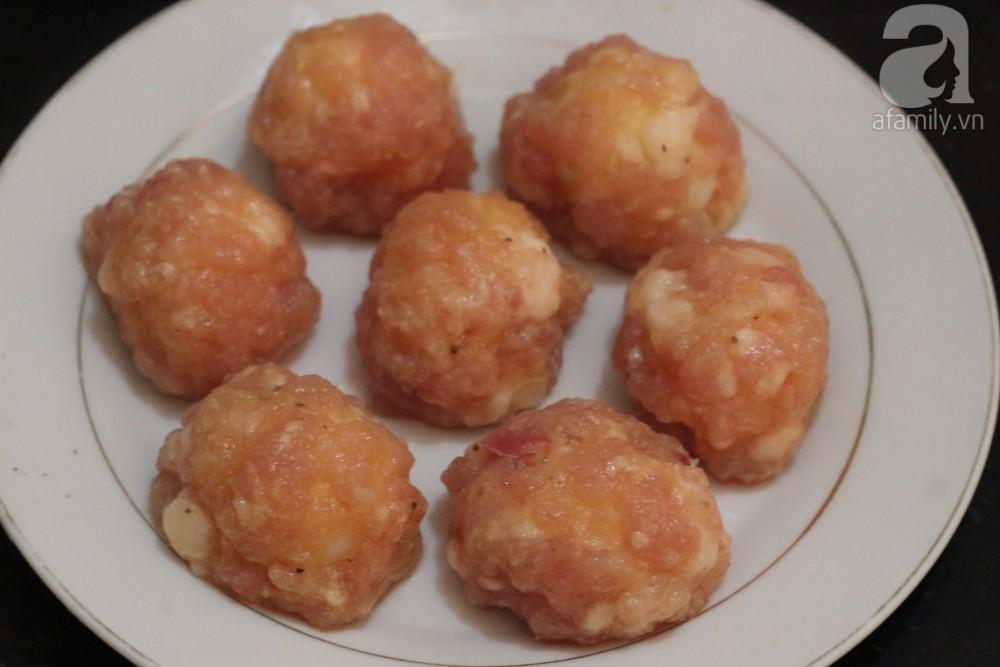 Chỉ một lần làm thử món trứng bọc thịt theo cách này, không ngờ nó lại trở thành món tủ của gia đình tôi - Ảnh 5