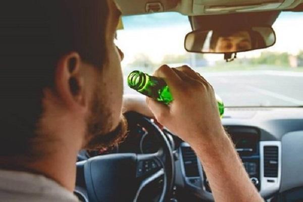 Bia hay rượu: Đồ uống nào gây hại sức khỏe hơn? - Ảnh 2