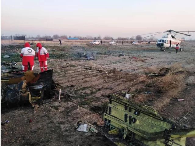 Hiện trường máy bay Ukraine chở 180 người gặp nạn tại sân bay Iran - Ảnh 5