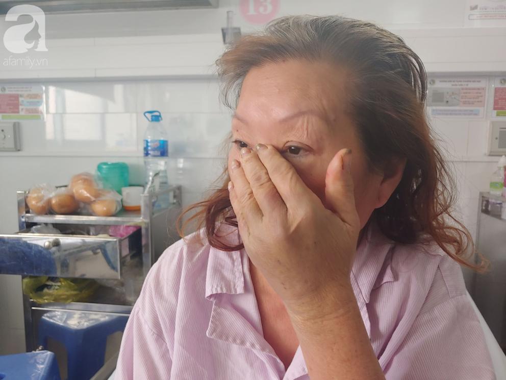 Mẹ nhồi máu cơ tim nặng được người dưng đưa đi cấp cứu, con gái ruột nói 'nghèo quá, không lo được' rồi biệt tăm - Ảnh 8