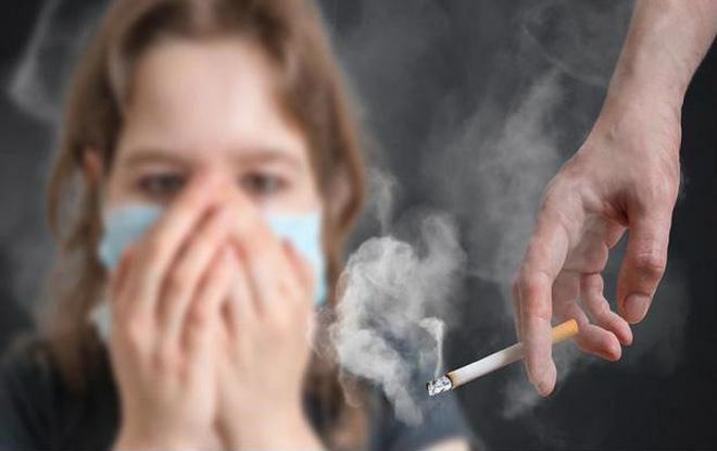Ngoài hút thuốc lá thì đây cũng là những nguyên nhân không ngờ gây ung thư phổi mà bạn cần biết - Ảnh 1