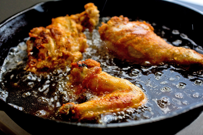 Sửa ngay những sai lầm khi chế biến đồ ăn khiến bạn tăng cân mất kiểm soát - Ảnh 1