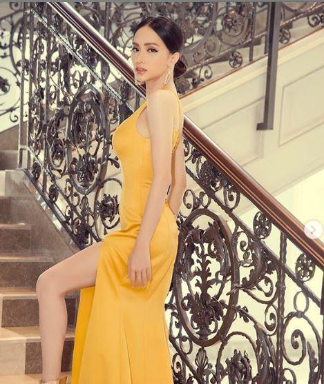 Cận kề thời khắc chuyển giao vương miện, Hoa hậu Hương Giang khoe vẻ đẹp miễn chê - Ảnh 4