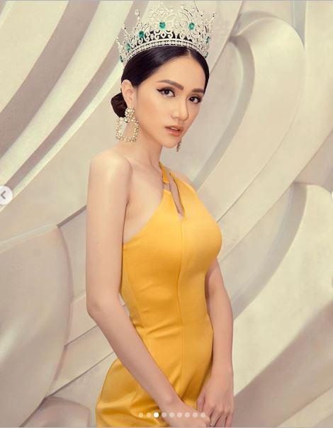 Cận kề thời khắc chuyển giao vương miện, Hoa hậu Hương Giang khoe vẻ đẹp miễn chê - Ảnh 8
