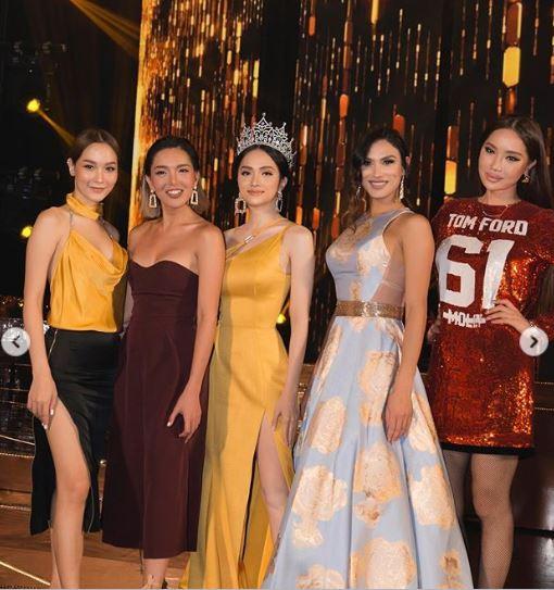 Cận kề thời khắc chuyển giao vương miện, Hoa hậu Hương Giang khoe vẻ đẹp miễn chê - Ảnh 10