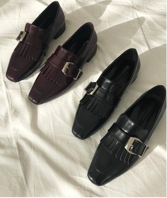 Đã đến lúc những đôi boots thời thượng nhường chỗ cho 4 mẫu giày công sở cách điệu xinh xắn này - Ảnh 5