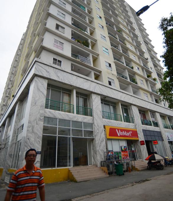 Ngân hàng thông báo 'xiết nợ' chung cư Khang Gia Tân Hương - Ảnh 1