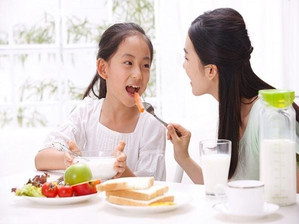 Thấy con trai kêu chán ăn đau bụng mẹ tưởng con làm nũng: Sự thật đằng sau khiến nhiều người ngỡ ngàng - Ảnh 1